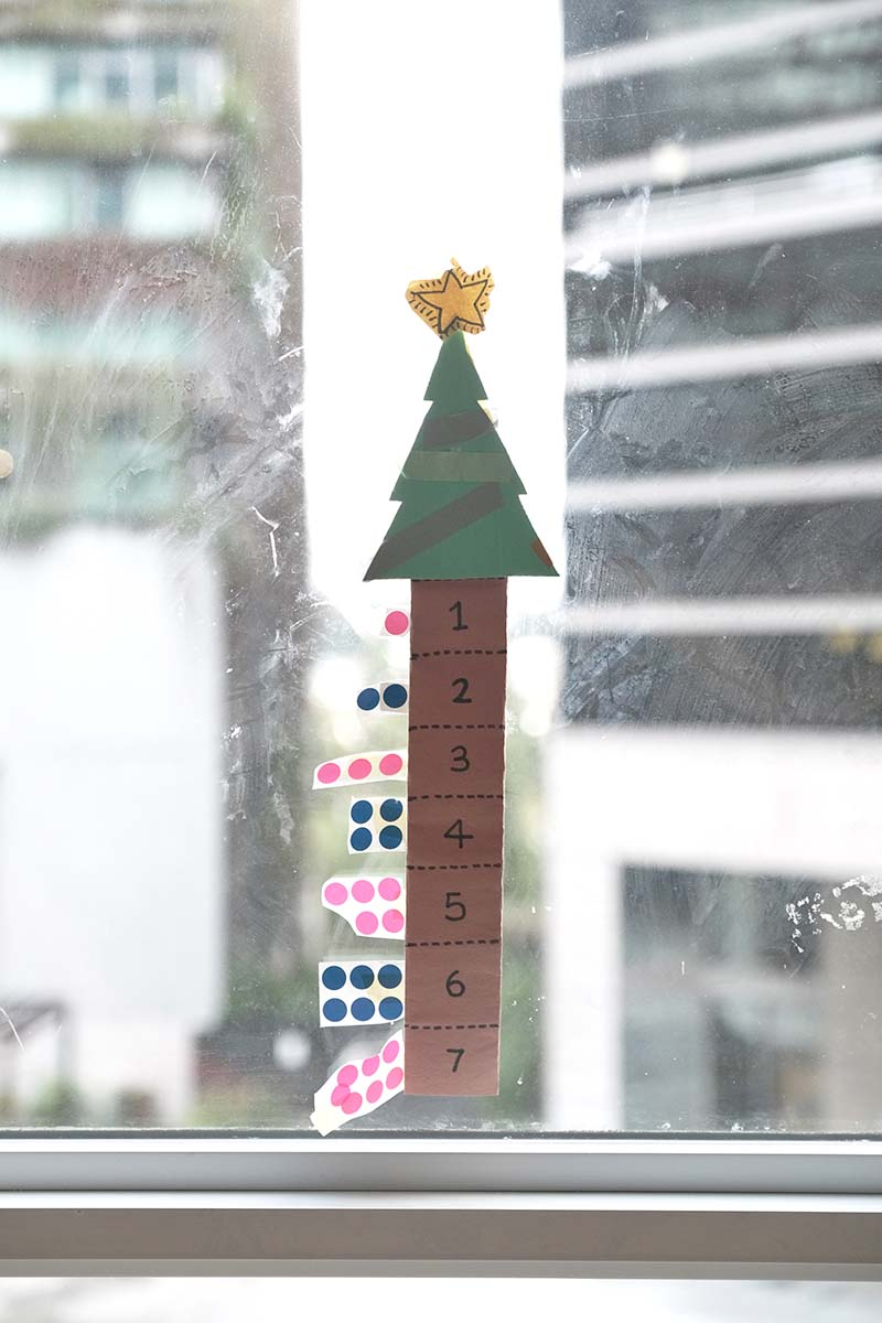 Make A Last-Min Christmas Tree Advent Calendar Out Of Paper