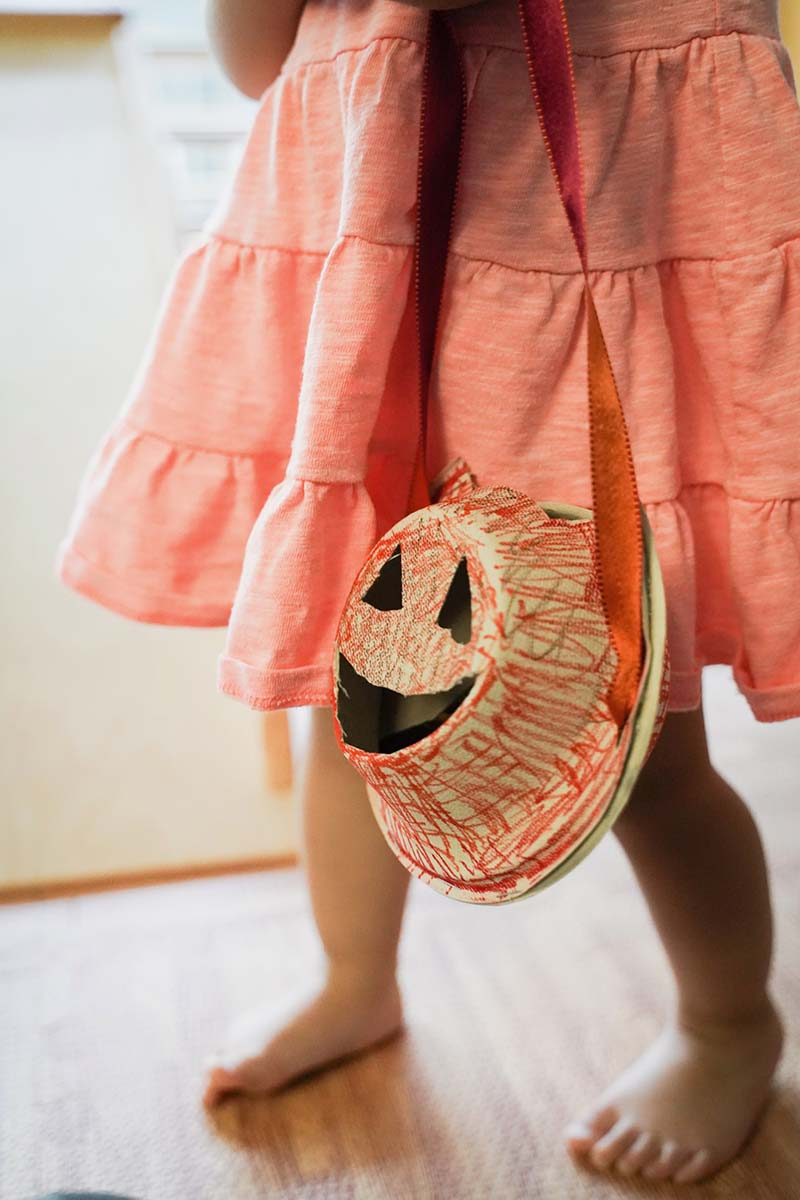 DIY Pumpkin Bag for Toddler Trick or Treat