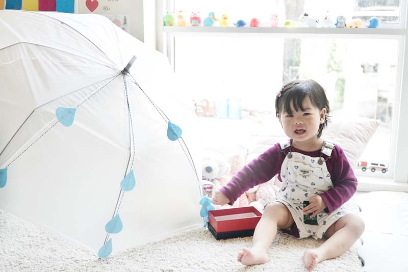 Interactive Rainy Umbrella Craft for Toddlers